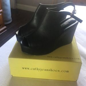 Cathy Jean wedge peep toe shoes